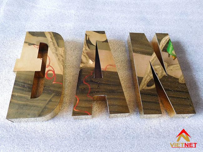 Chữ inox vàng trụ sở xã xuân lam