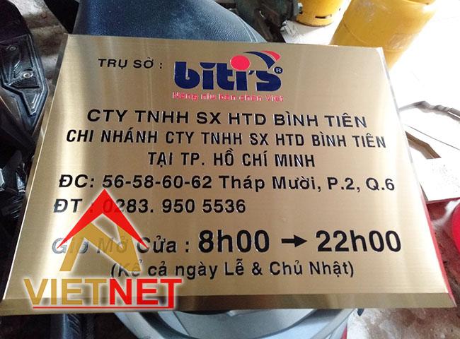 Mẫu bảng hiệu inox ăn mòn trụ sở công ty Bitis