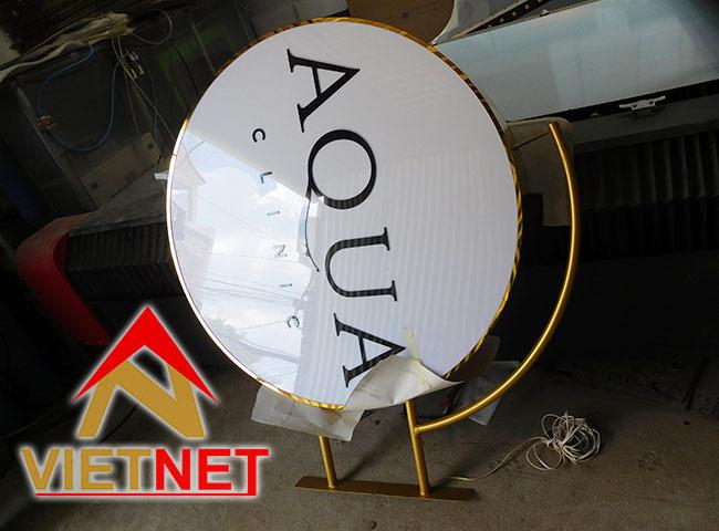 Mẫu hộp đèn quảng cáo tiệm AQua Clinic