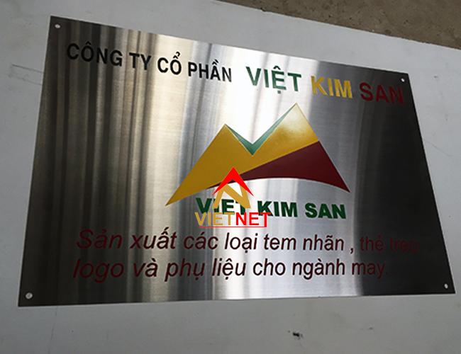 bang-an-mon-kim-loai-viet-kim-san