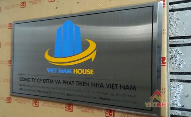 bảng inox ăn mòn công ty vietnam house