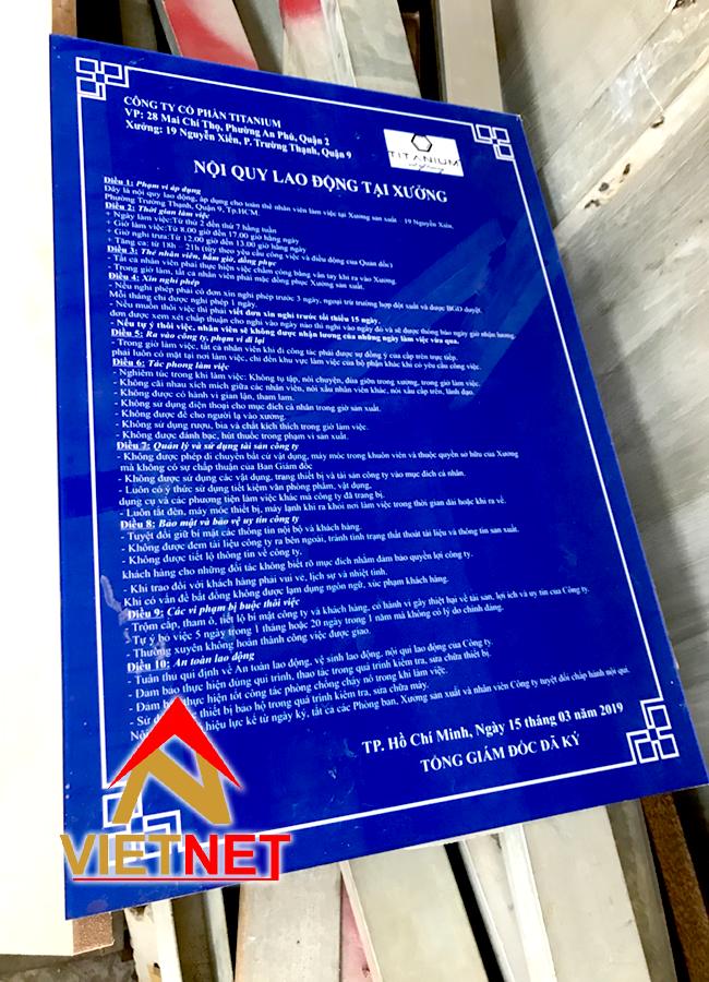 Bảng mica nội quy tại xưởng lao động Titanium