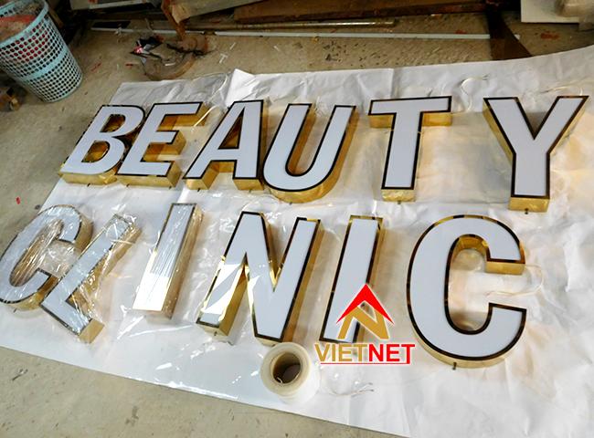 chu inox long mat mica beauty clinic