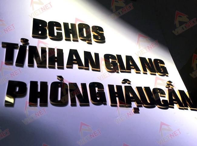 chu-inox-vang-bchqs-tinh-an-giang