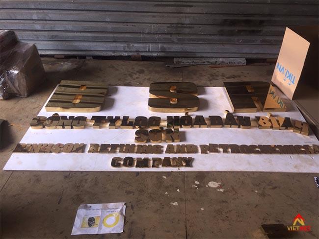 Chữ inox vàng công ty lọc dầu Bình Sơn 1