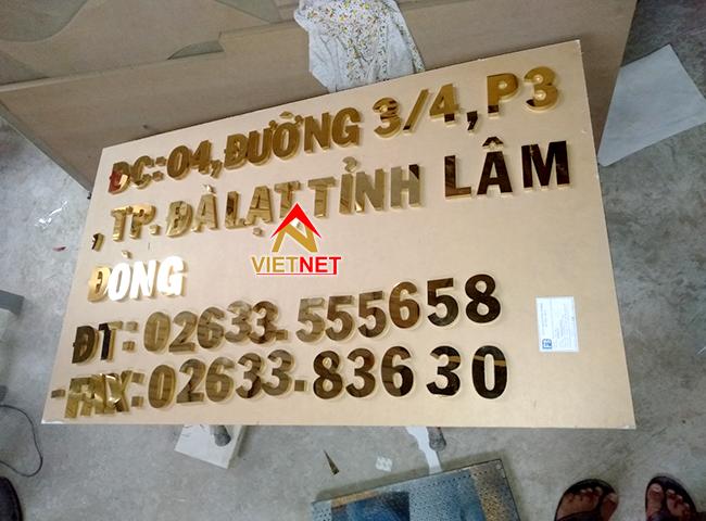 chu inox vang guong so noi vu tinh lam dong