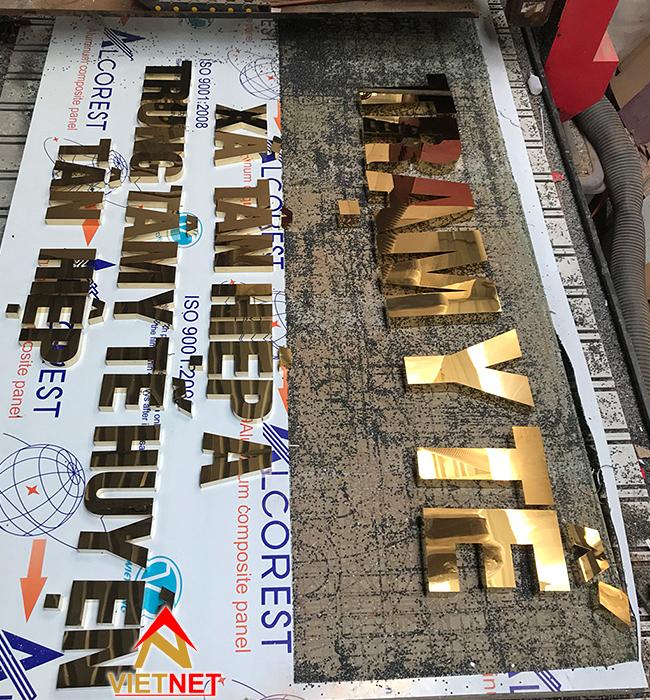 chữ inox vàng Trạm Y Tế xã Tân Hiệp A