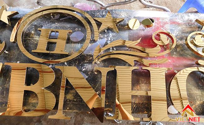 Mẫu chữ inox vàng  hotel