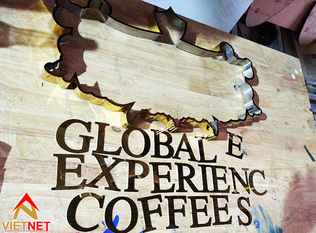 gia-cong-chu-noi-inox-Global-Experiences-Coffee