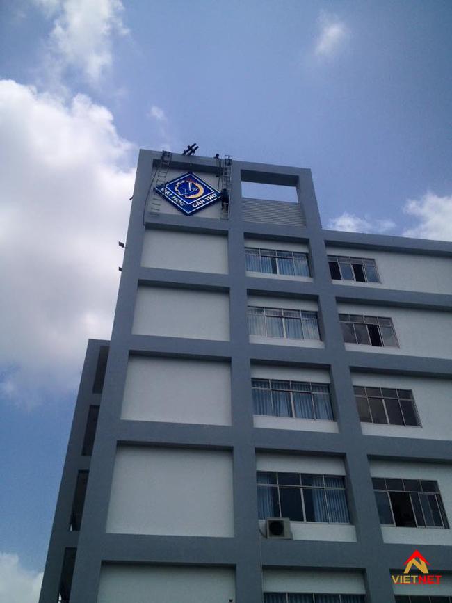 Logo chữ nổi đại học cần thơ