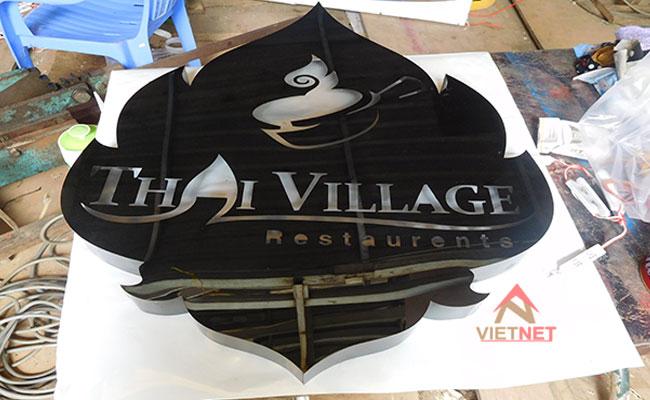 hộp đèn logo nhà hàng quán ăn