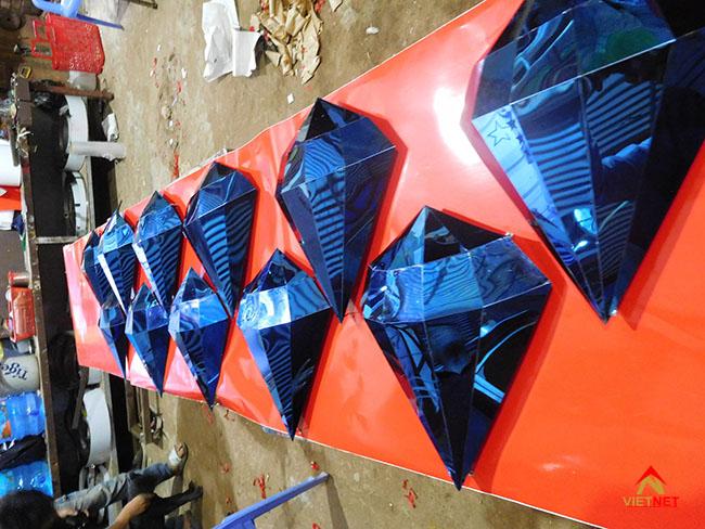 Viên kim cương inox xanh 3